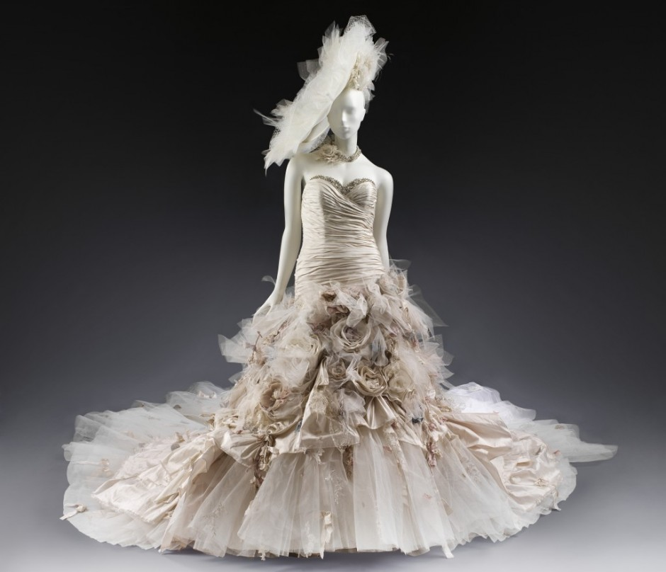 Vintage Wedding Dresses In London: V & A Wedding Dresses 1775