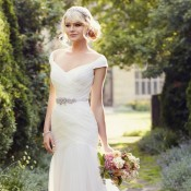 D1802 Amelia wedding dress by Essense of australia at Limelight Occasions in West Yorkshire, off the shoulder wedding gown by essense of Australia, vintage style wedding dress at limelight occasions near leeds, huddersfield and wakefield,