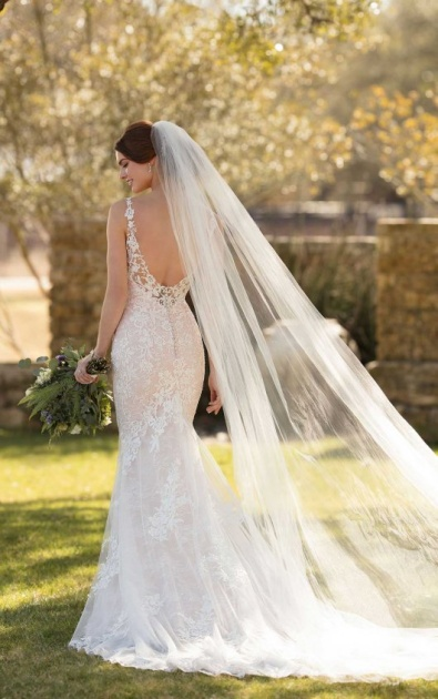 Wedding Dresses With Beautiful Backs Are A Must For The Wow Factor Limelight Occasions Blog,Occasion Dresses For Wedding Guests Plus Size
